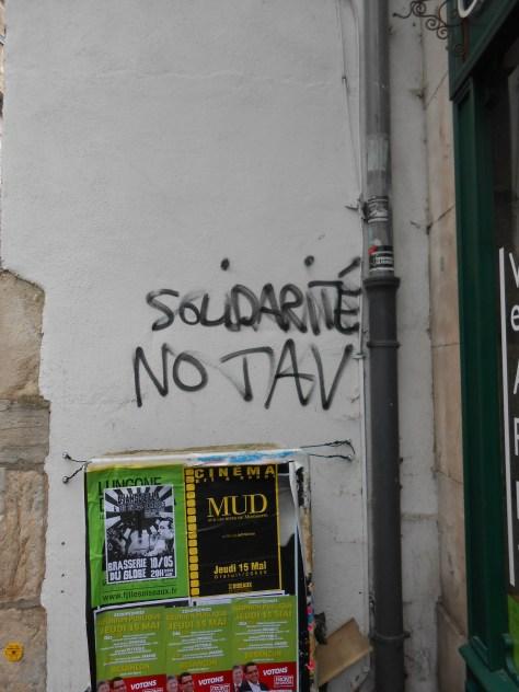 solidarité no tav - tag - besancon, mai 2014