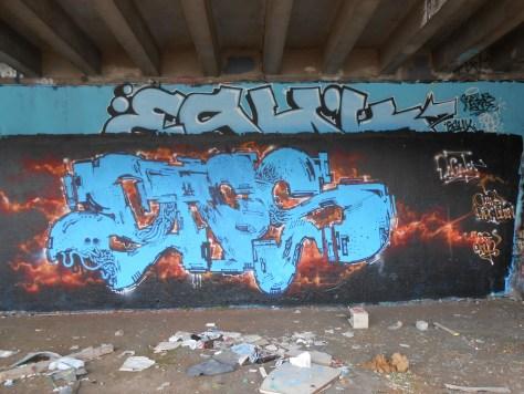 Dacat - graffiti - besancon - juin 2014 (2)
