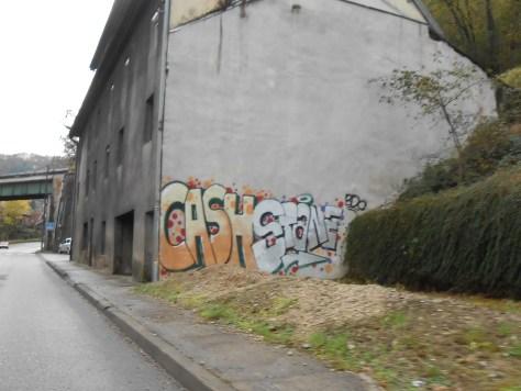 Morre_novembre 2014 Stane, Cash - graffiti