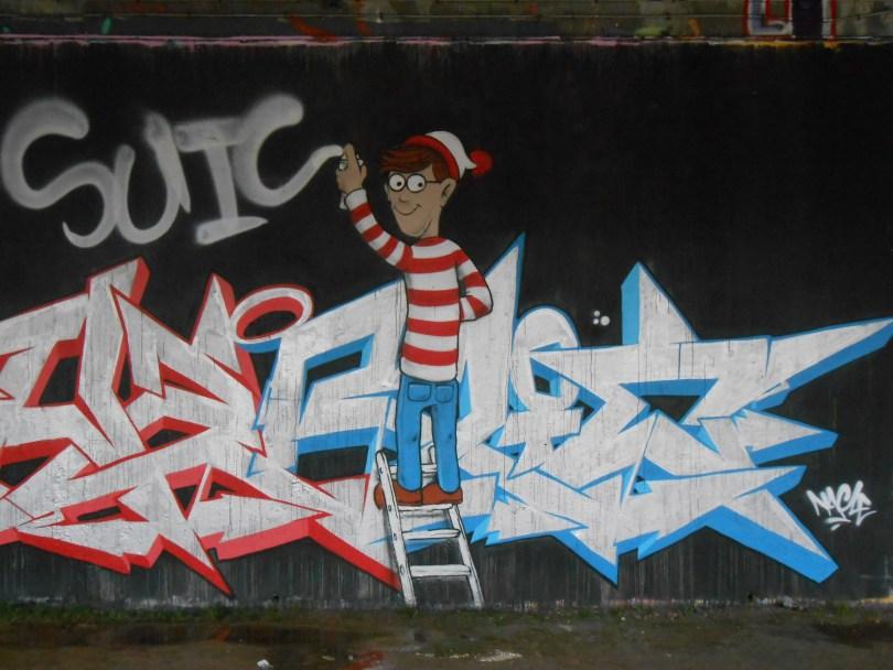 janvier 2015 - graffiti - besancon -Charlie by Nacle (3)