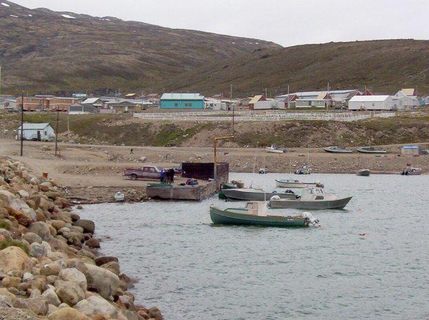 pangnirtung harbour - baffin island - nunavut