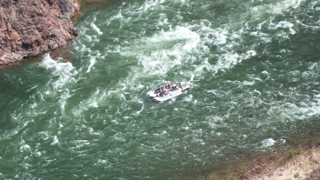 rafting on the colorado river, plateau point 18c