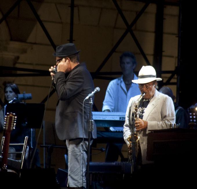 Lucio Dalla a Torino. Assolo di Sax