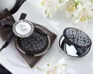 espejo-maquillaje-practico-regalos-para-invitados-de-boda