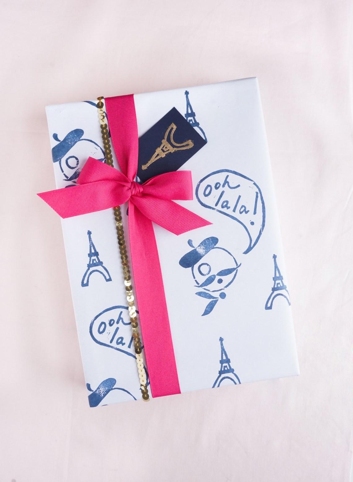 DIY Lino Stamp Gift Wrap | Francois et Moi