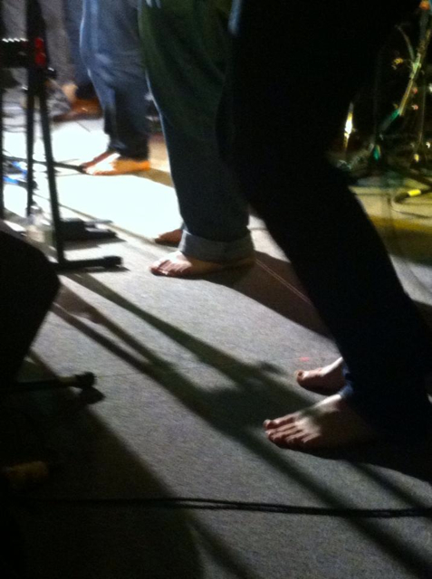 The Strumbellas and their bare feet