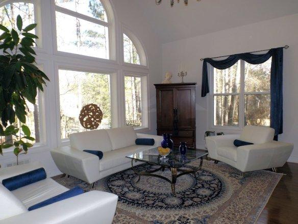 1_Living Room_Julie Murphy