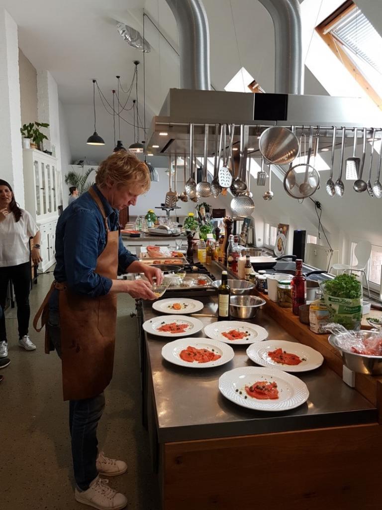 Kinder esst mehr fisch koch unternehmer und aktivist for Koch mit bart