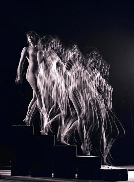 Nude Descending  1942, by Gjon Mili
