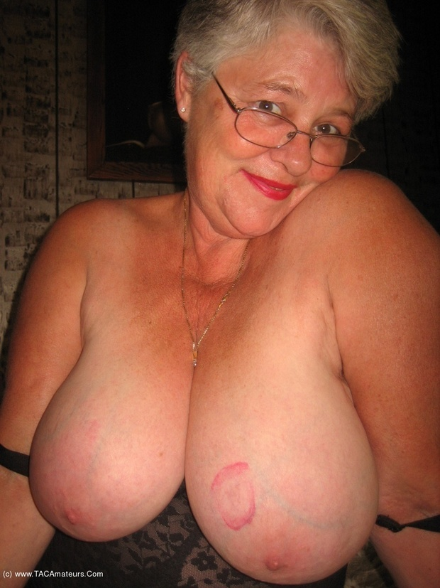 massive tit bbw mature