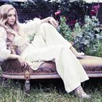 Amanda Seyfried Stuns on The Vanity Fair UK December 2012
