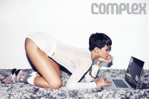 RihannaComplexMagazine11