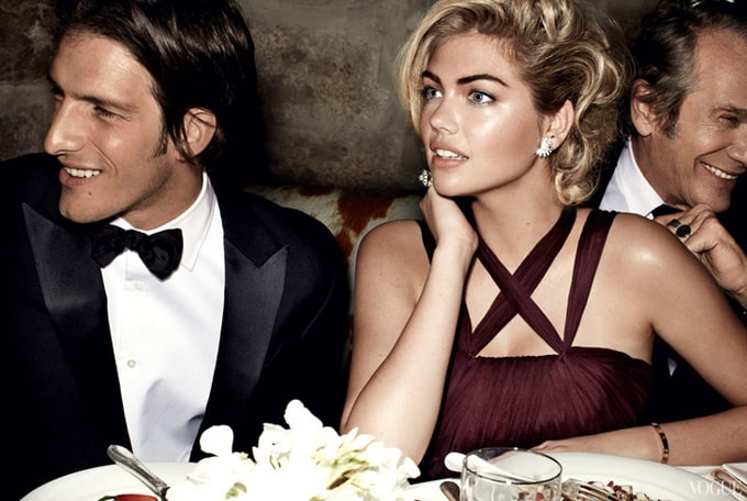 Kate-Upton-Vogue-US-Mario-Testino-07