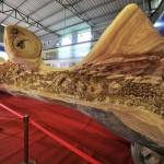 Wooden sculpture by Zheng Chunhui