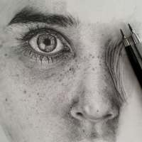Monica Lee Creates Stunning Photo-Realistic Drawings with Just a Pencil