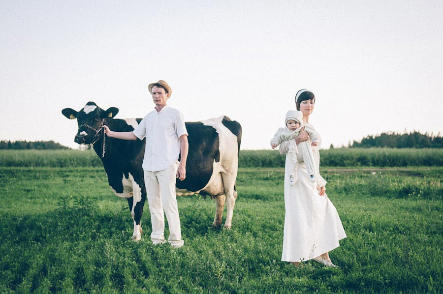 MaitJuriado Tuuli+Teet 01 Amazing Couple Session with a Cow