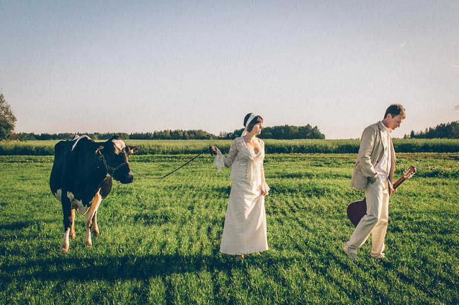 MaitJuriado Tuuli+Teet 07 Amazing Couple Session with a Cow