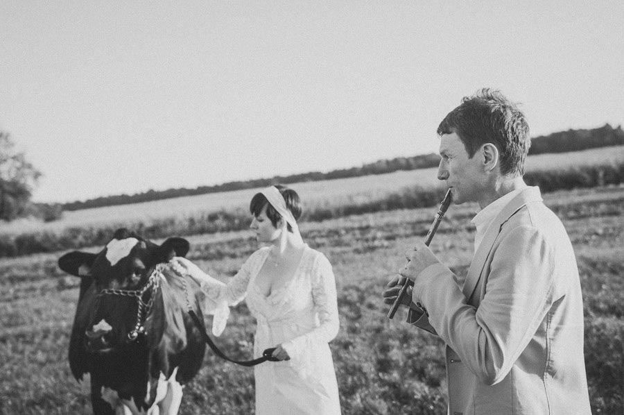 MaitJuriado Tuuli+Teet 09 Amazing Couple Session with a Cow