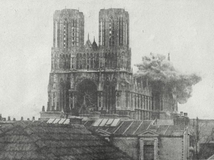 Bombshell hiting Reims Cathedral during WWI