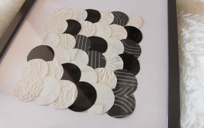 Diy 2 un tableau d co en noir et blanc frenchy fancy for Tableau avec papier peint