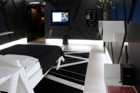 schlafzimmer farbideen schwarzwei bett teppich tv