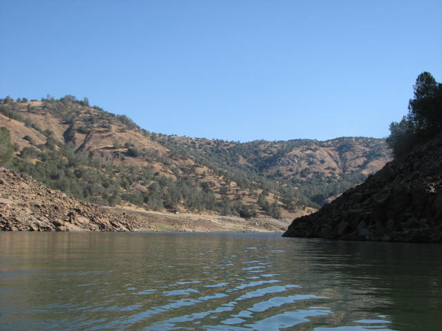 An upstream perspective of the proposed site of Temperance Flat Dam in Millerton Lake.