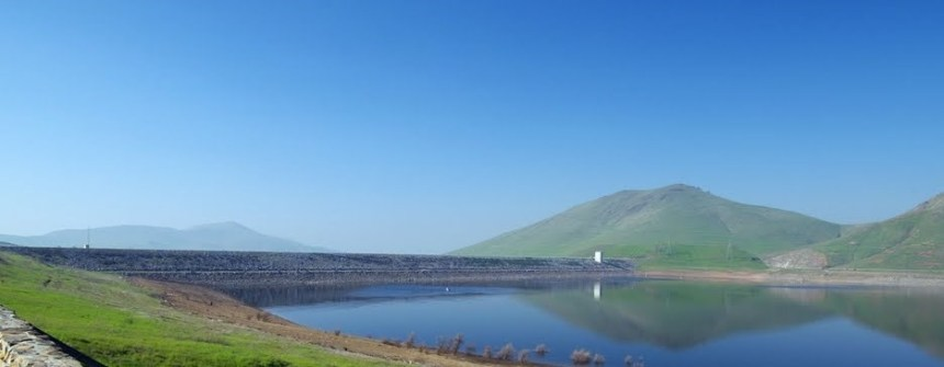 Success  Dam and Lake in the springtime