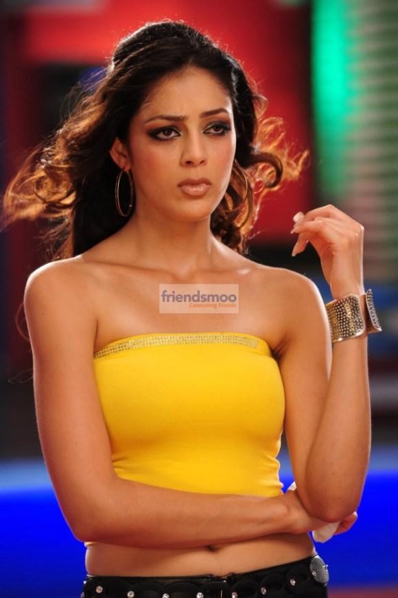 Parvathi Melton  (2)