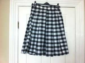 Tricky-to-match (at least, for me) gingham...