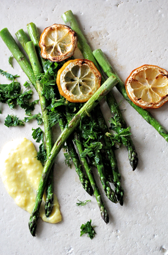 Asparagus with lemon curd // From Hand To Mouth