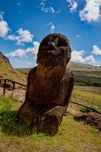 Kneeling Moai