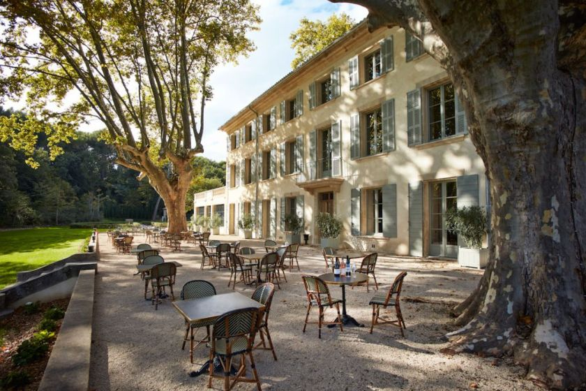 Domaine de fontenille a new charming hotel in provence for Boutique hotel luberon