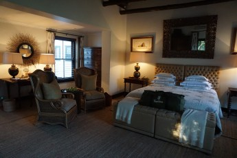 Deluxe suite at Bushmans Kloof.