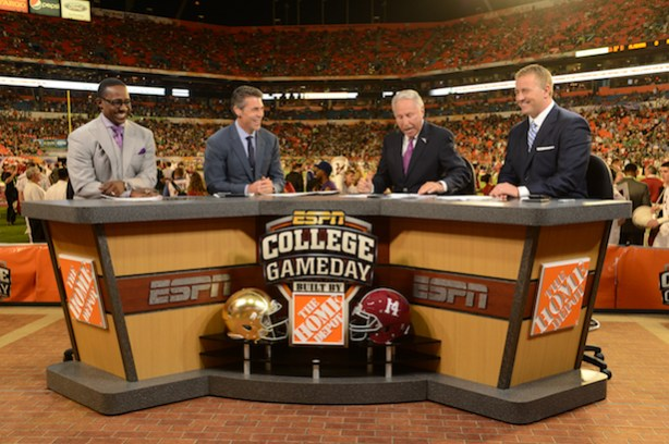 (L-R) Desmond Howard, Chris Fowler, Lee Corso and Kirk Herbstreit on the set of ESPN College GameDay Built by the Home Depot during the 2013 Discover BCS National Championship Game. (Allen Kee / ESPN Images)