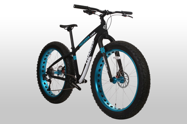 freeskier-the-house-fat-bike-640x427