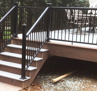 Timbertech-'Deck-with-Stamped-Concrete