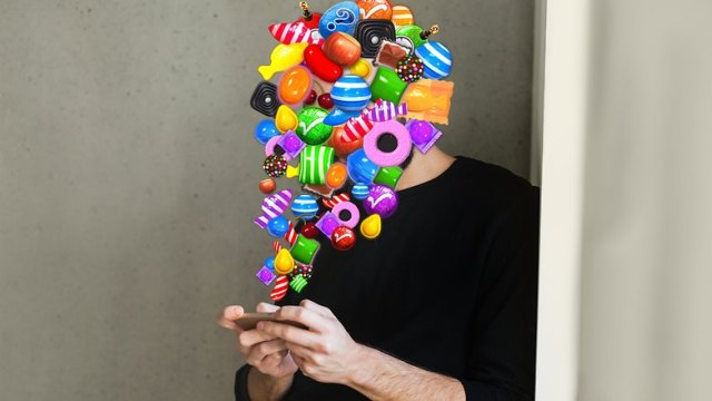 AndroidPIT Candy crush posessed