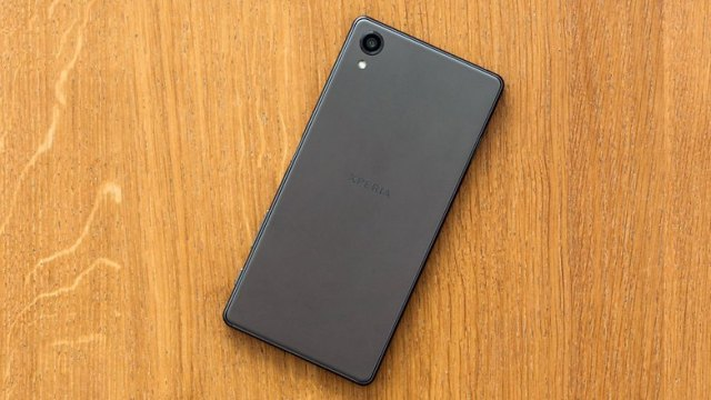 androidpit sony xperia x back1