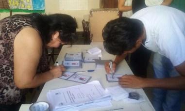 Se procede a cerrar la mesa 9 de la Escuela Número 16 Bartolome Mitre de la ciudad de Buenos Aires.