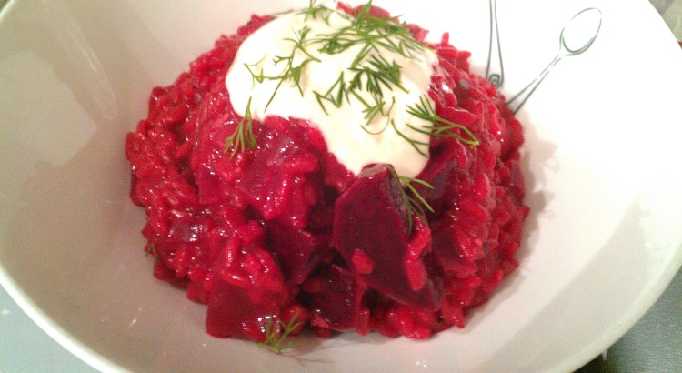 Beetroot risotto with sour cream and dill