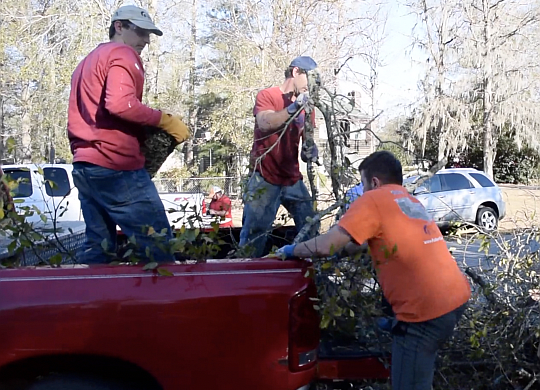 VIDEO: Storm recovery in Albany, Georgia — how you can help