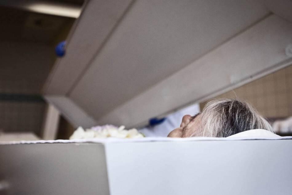 Tι μας συμβαίνει όταν πεθαίνουμε; Οι ανθρώπινες στιγμές μετά το θάνατο και λίγο πριν την ταφή…