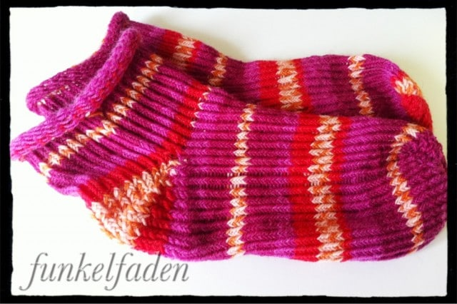 Socken stricken für Anfänger mit dem Strick-Ding