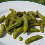 Edamame aus selbst geernteten Sojabohnen