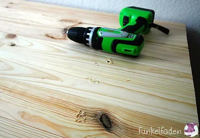 Ein einfaches bett aus holz selber bauen anleitungen do for Holzbett selber bauen