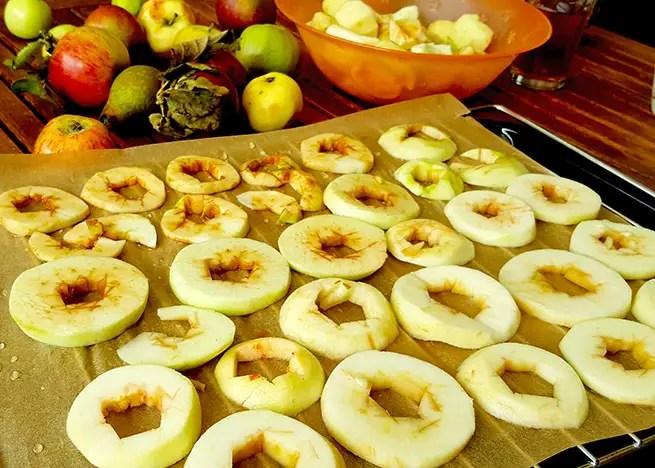apfelmus apfelringe und apfelkuchen essen getr nke garten natur und pflanzen pfel. Black Bedroom Furniture Sets. Home Design Ideas