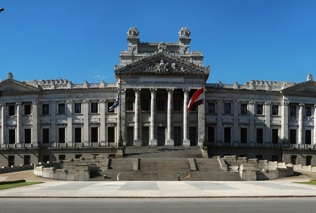 Automatizar los pasos de la creación de un proyecto de ley