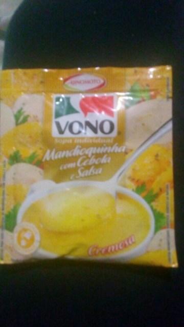 Sopa Mandioquinha com Cebola e Salsa Vono