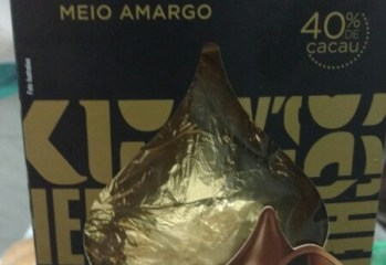 Chocolate Meio Amargo 40 Cacau Kisses Hershey's