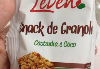 Snack de Granola Sabor Castanha e Coco Leven